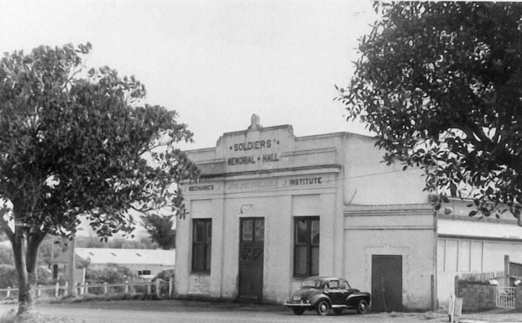 Soldier's Memorial Hall Mortlake.1
